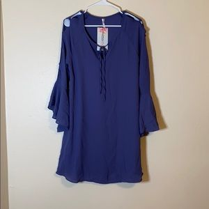Mittoshop purple flowy dress with bell sleeves.
